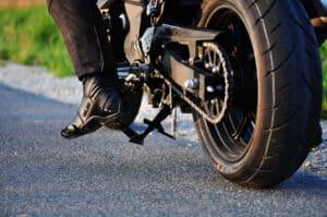 Viele fragen sich bei einem A2-Führerschein: Welches Motorrad darf ich fahren?
