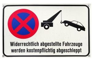 Abgeschleppt: Das kann passieren, wenn ein mobiles Parkverbot während der Abwesenheit des Kfz-Besitzers aufgestellt wird.