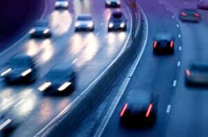 Ausreichend Abstand auf der Autobahn ist besonders wichtig