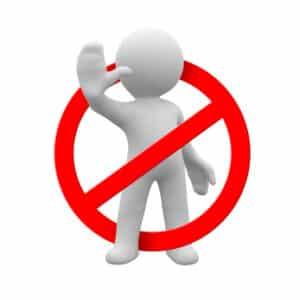 Ein ärztliches Fahrverbot kann gegen Personen ausgesprochen werden, die bestimmte gesundheitliche Einschränkungen haben.