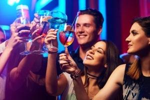Alkoholgrenze in Spanien: Auto fahren ist ab 0,5 Promille verboten.