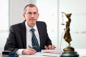 Ein Anwalt kann die Messung nach dem VAMA-Verfahren überprüfen.