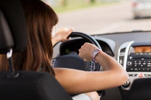 Die Ausbildung zum Fahrlehrer dauert in der Regel ein Jahr.