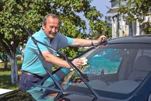 Zu den Auto-Versicherungsklassen gehört unter anderem die Typklasse.