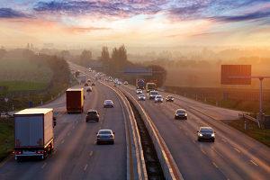 Auch auf der Autobahn darf in England nicht zu schnell gefahren werden.