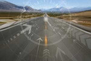 Ob innerorts oder auf der Autobahn: Der Sicherheitsabstand kann mithilfe des Tachos berechnet werden.