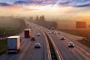 Zu schnell auf der Autobahn? Die Toleranz liegt allgemein bei 3 km/h bzw. 3 Prozent.