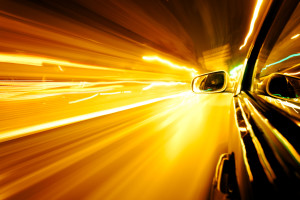 Oft gibt es Autobahntunnel, weil es die Verkehrssituation erfordert.