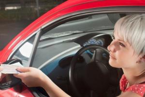Bei mehrmaligem B-Verstoß droht die Entziehung der Fahrerlaubnis.