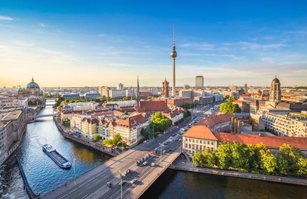 Billig tanken in Berlin Einheimische wie Touristen.