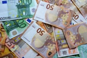 """Droht Anwohnern eine Geldstrafe, wenn sie einen Blitzer aufstellen, der """"fake"""" ist?"""