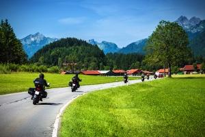 Es existieren keine speziellen Blitzer für Motorräder.