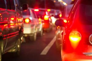 Bei Dunkelheit ist es hilfreich, dass das Bremslicht hell leuchtet.