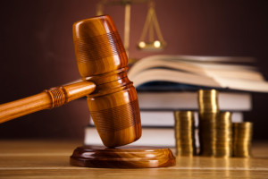 Nach dem zum Bußgeldbescheid gehörenden Einspruch folgt oftmals die Hauptverhandlung.