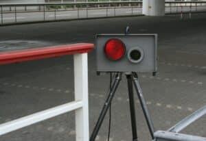 Der Bußgeldkatalog für Lkw reguliert u. a. die Geschwindigkeit.