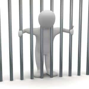 Bei Straftaten ist nicht die Bußgeldstelle in Viechtach, sondern die Staatsanwaltschaft verantwortlich.