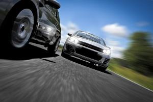 Drängler auf der Autobahn stellen eine große Gefahr für die Sicherheit der anderen Verkehrsteilnehmer dar.