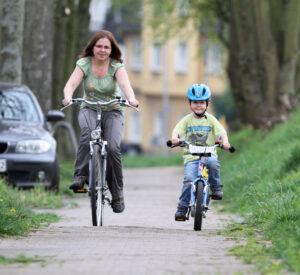 Wer mit dem Fahrrad unterwegs ist, kann von der Polizei kontrolliert werden