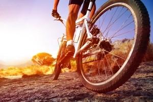 Ein Fahrradunfall ist häufig mit Verletzungen verbunden.