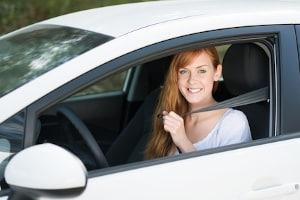Es gibt auch Fahrsicherheitstrainings speziell für Frauen.