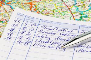 Das Fahrtenbuch kann eine Pflicht für Fahrzeughalter werden.