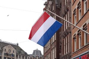 Ein in Holland auferlegtes Fahrverbot gilt nur in Holland, nicht aber außerhalb der Landesgrenzen.