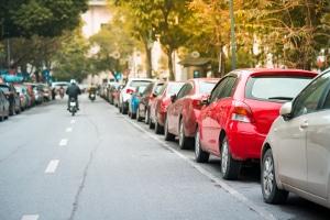 Ist es erlaubt, falschrum zu parken?
