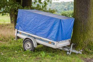 Mit dem Führerschein der Klassen B dürfen Besitzer Anhänger bis 750 kg fahren.