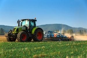 Erfahren Sie hier, wie Sie den Führerschein für den Traktor erwerben.