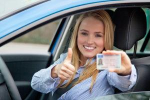 Den Führerschein einmal zu vergessen ist auch in der Probezeit eher eine Bagatelle.