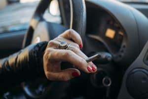 Der Führerscheinentzug wegen Drogenbesitz: Eine Rauschfahrt gefährdet alle.