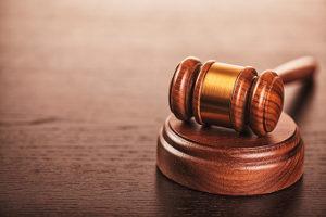 Die Führerscheinsperre: Wie lange sie dauert, legt das Gericht fest.