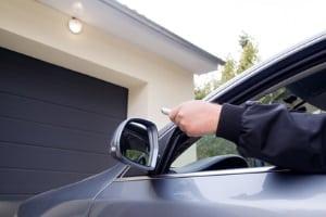 Privatparkplatz oder Garageneinfahrt zugeparkt: Was tun?