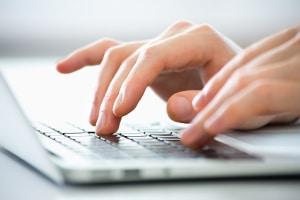 Geblitzt: Online können Sie prüfen, wer eine kostenlose Erstberatung anbietet.