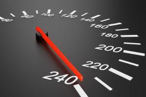 Geblitzt: Etwas Toleranz findet oft in Hinblick auf die gemessene Geschwindigkeit Anwendung.