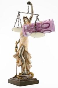 Geldstrafe: Anhand der Tagessätze und der Tagessatzhöhe kann sie berechnet werden.