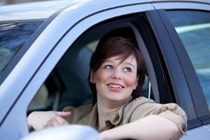 Was geschieht, wenn Sie die Geschwindigkeitsbegrenzung innerorts in der Probezeit überschreiten?