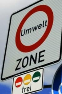 Nur in Ausnahmefällen dürfen Autos ohne grüne Umweltplakette in die Umweltzone.