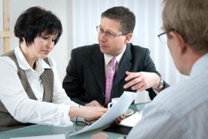 Die internationale Versicherungskarte stellen die Versicherer kostenlos aus.