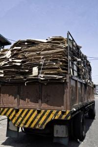 Bei der Ladungssicherung für Transporter helfen vor allem Spanngurte.