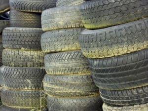 Der Lastindex gibt an, mit welchem Gewicht Sie Ihre Reifen maximal belasten dürfen.