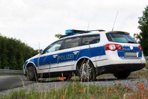 Die Polizei nutzt unter anderem den LEIVTEC XV2, um die Geschwindigkeit per Laser zu kontrollieren.