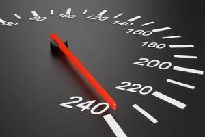Durch Messfehler kann die mit dem TraffiPatrol gemessene Geschwindigkeit verfälscht werden.