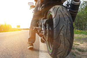 Auch beim Motorrad kann eine Tieferlegung vorgenommen werden.