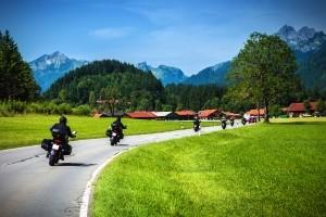 Ein Motorradunfall ist besonders im Frühjahr und Sommer häufig.