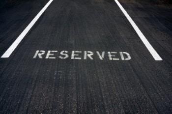Besser den Parkplatz offiziell reservieren.