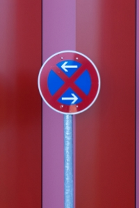 Ein Halte- und Parkverbot kann auch in beide Richtungen gelten.