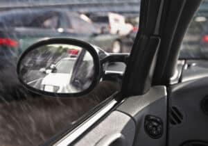 Bei der Polizeikontrolle kann auch das Fahrzeug kontrolliert werden