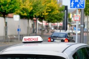 Wie sehen die Voraussetzungen für die praktische Führerscheinprüfung aus?
