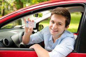 In der Probezeit kann die Fahrerlaubnis schnell wieder weg sein.